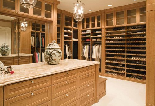 Luxury Closets Gives You:
