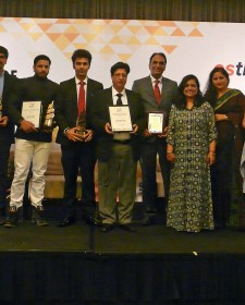 ESTRADE MEDIA Singapore confers Lifetime Achievement Award to renowned Architect Karan Grover