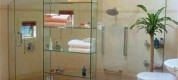 Amazing-Smart-And-Useful-Bathroom-Shelving-And-Storage-Ideas-In-Fully-Glasses-Design-1