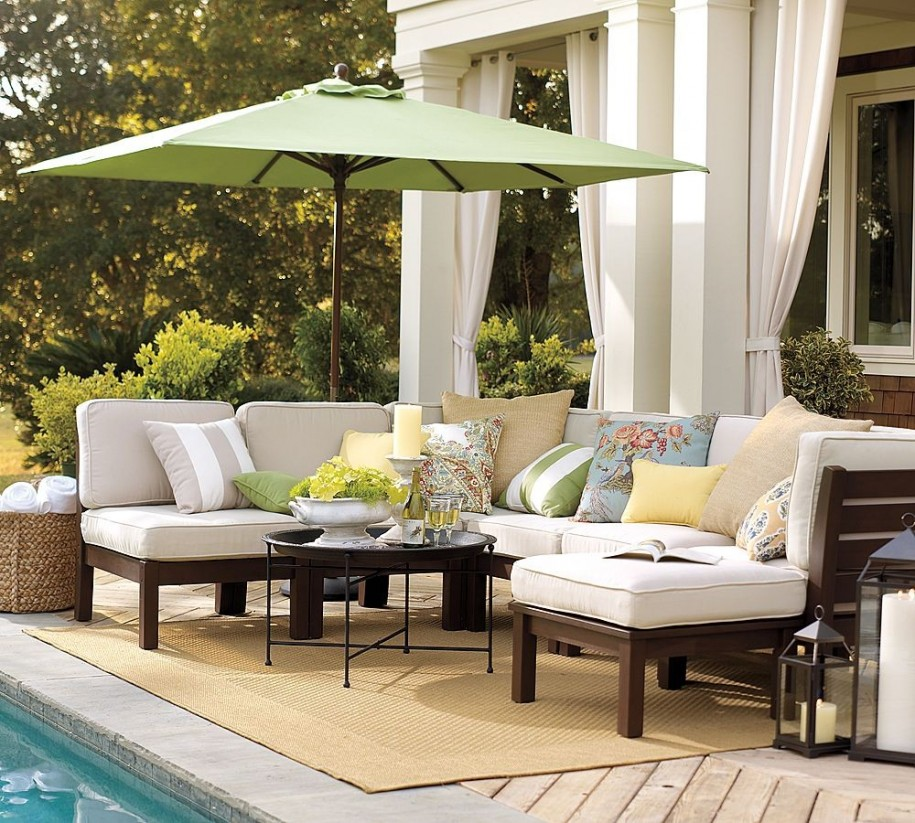 14 Comfortable And Modern Backyard Pool Ideas: Outdoor Seating Ideas