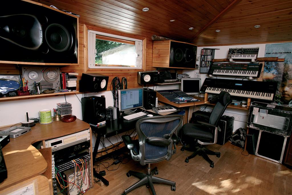 home studio desk and equipment in wooden ceiling - Home Design Studio