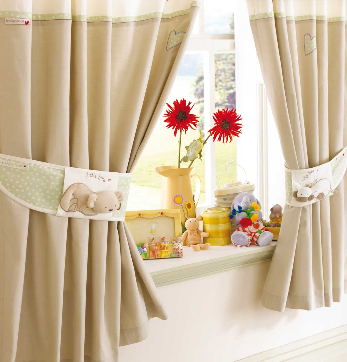 Curtains Fabric Tips And Designs