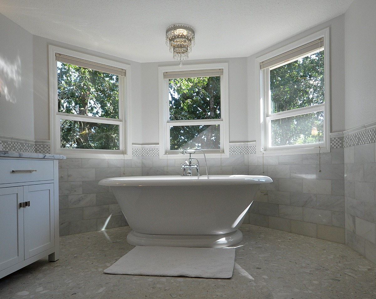 Modern bathtub design ideas for Tub remodel