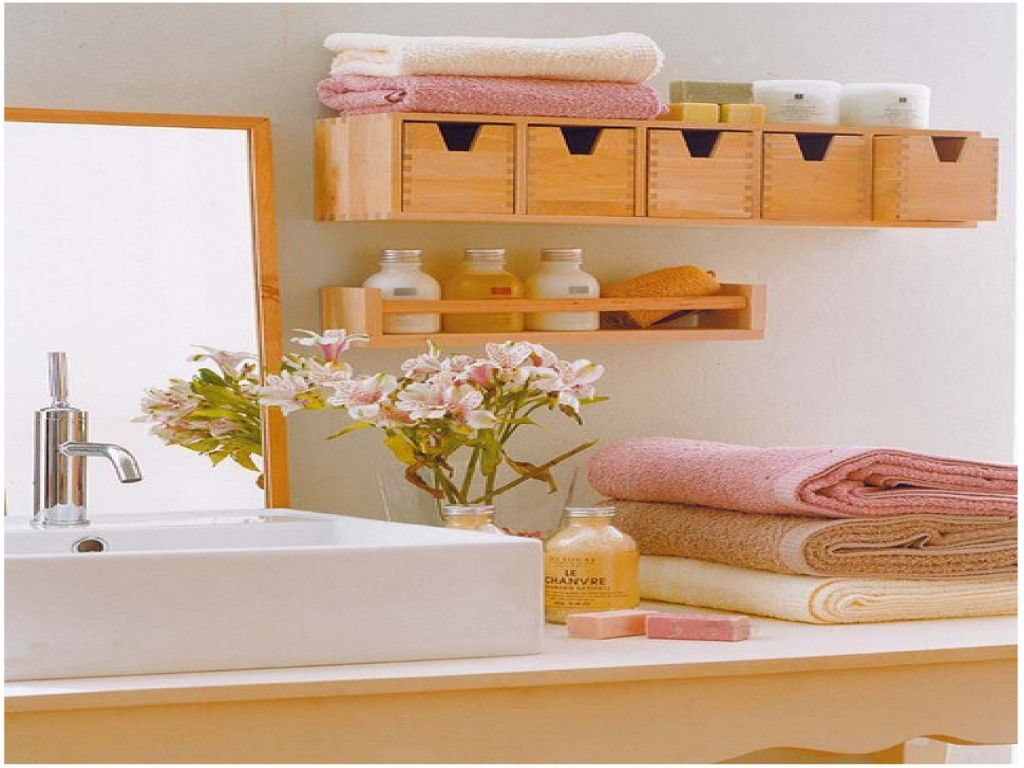 Small bathroom storage ideas for Etagere bois pour salle de bain