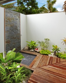 Splendid Bathroom Design For Nature Lovers