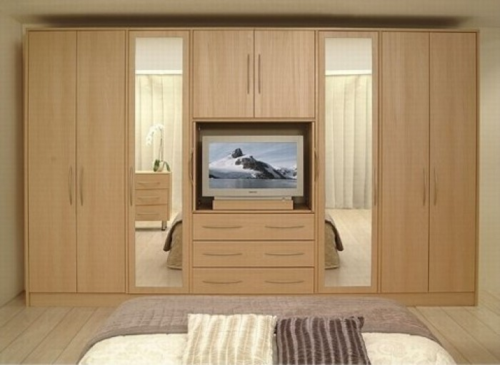 10 modern bedroom wardrobe design ideas for Bedroom designs with tv and wardrobe
