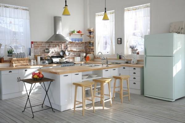 bistro-table-ideas-600x399