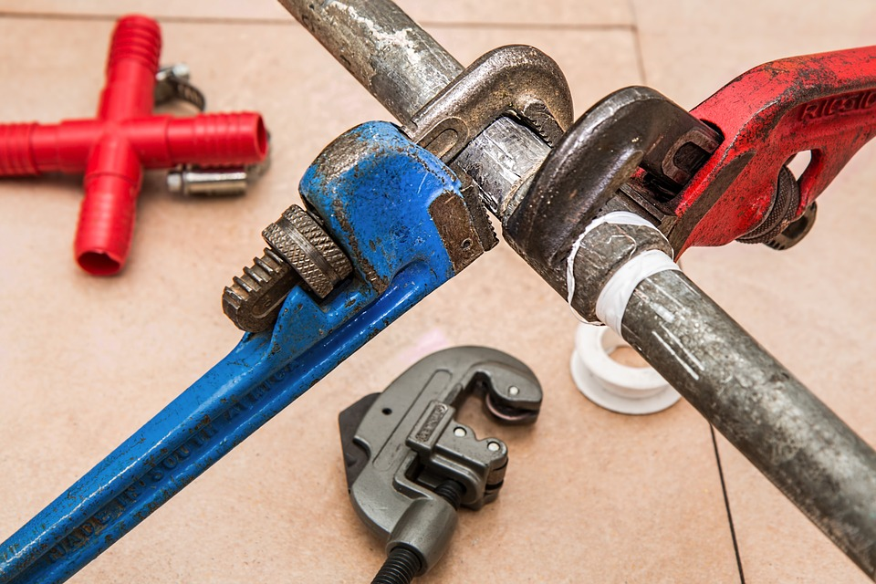 How to Handle a Plumbing Emergency