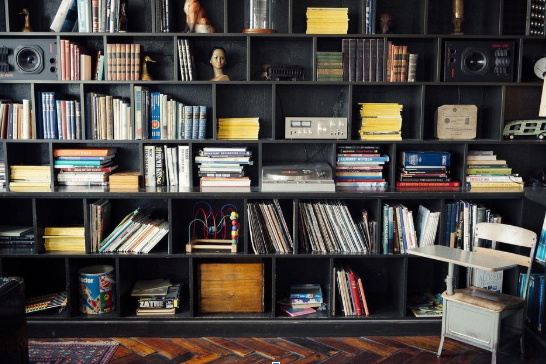 Home Improvements: Tips in Organizing Your Bookshelf