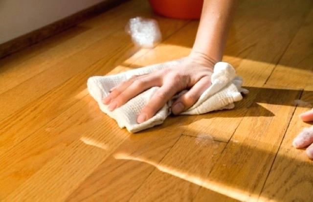 cleaning with cloth