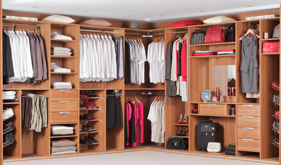 Exclusive wardrobe fixtures designs settings for ladies for Sliding wardrobe interior designs