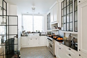 gorski-home-residence-kitchen-interior-design-with-white-cabinets-and-patterned-tile-flooring