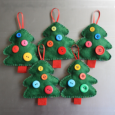 Diy christmas decorations ornamentations christmas decor activities gather them aside and start with the unique styling of christmas this year with the simple yet elegant form of do it yourself solutioingenieria Choice Image