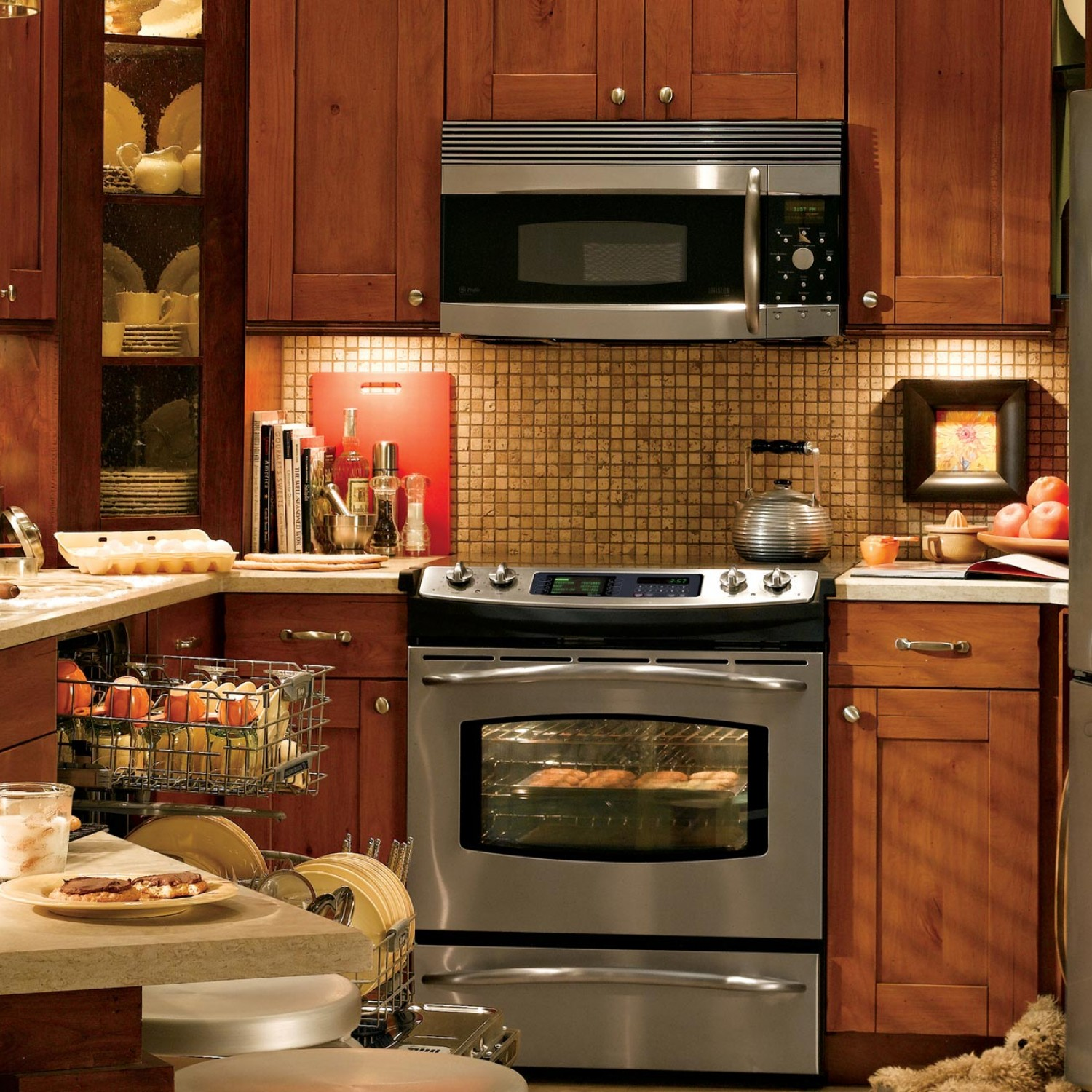 Small Kitchen Remodel Ideas For 2016: Smart & Wise Space Utilization For Very Small Kitchens