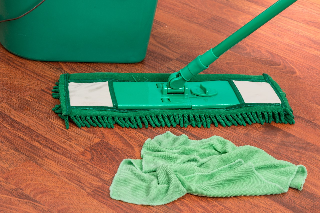 A Step-By-Step Guide for Cleaning Your Laminate Floors