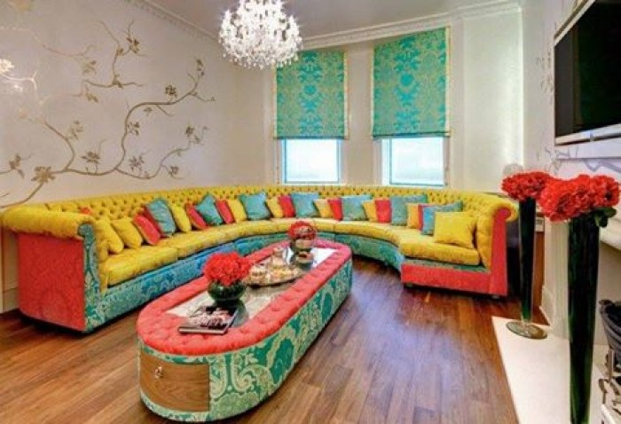 living-room-designs-with-colorful-sofas