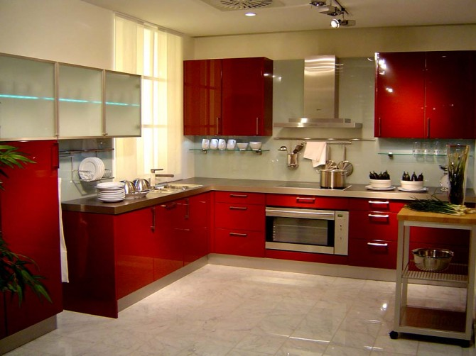 Smart wise space utilization for very small kitchens for Interior decoration for small kitchen