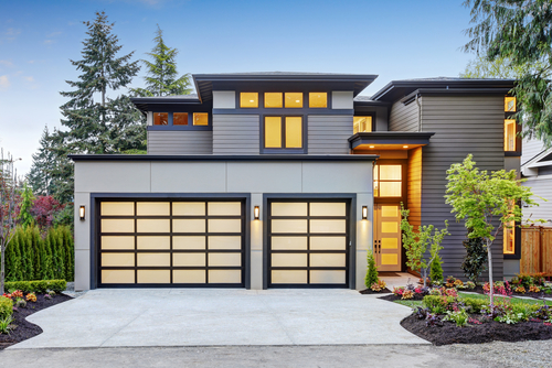 Signs You Need a Garage Door Replacement Right Away