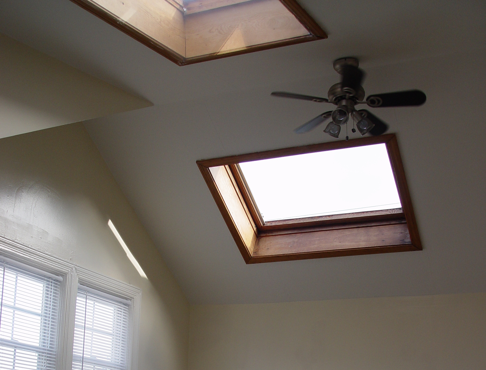 Window In Ceiling know well about the designs and importance of vent windows