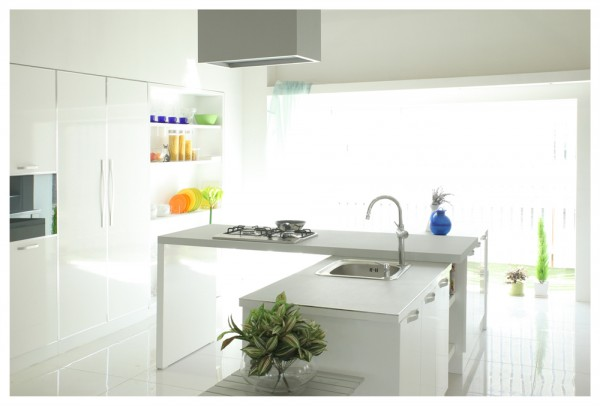 white-kitchen-600x406