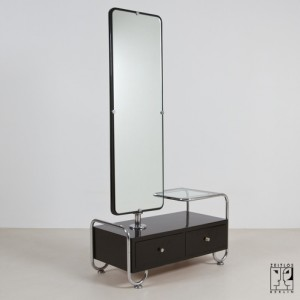 zeitlos-berlin_dressing-table-with-mirror-in-bauhaus-design.d8c0160db8