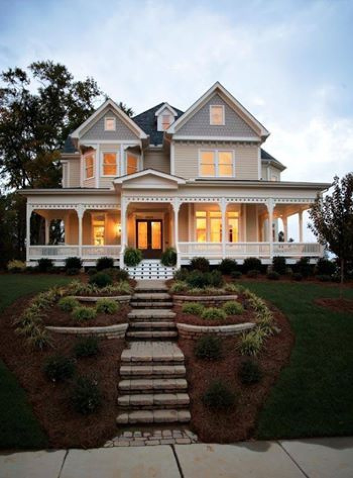 Beautiful Victorian House Design