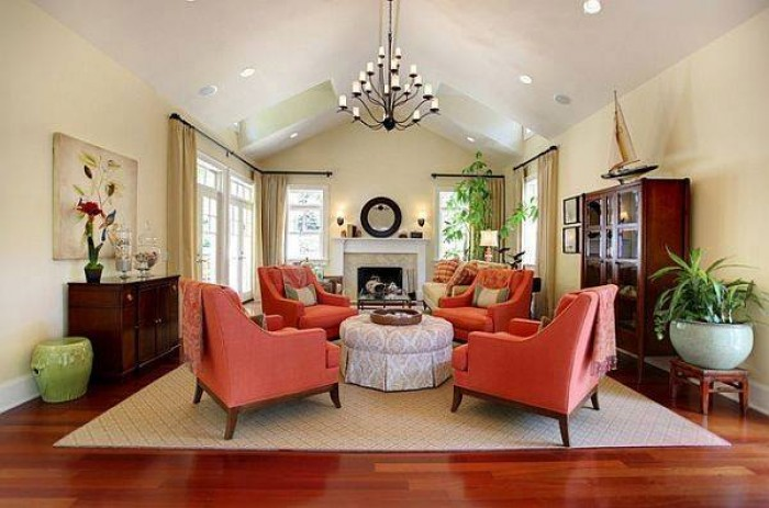 Elegant living room decorating