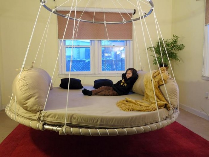Wonderful Floating Beds For Swing Lovers