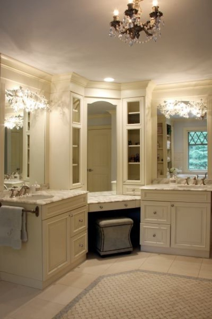 corner vanity with dressing table