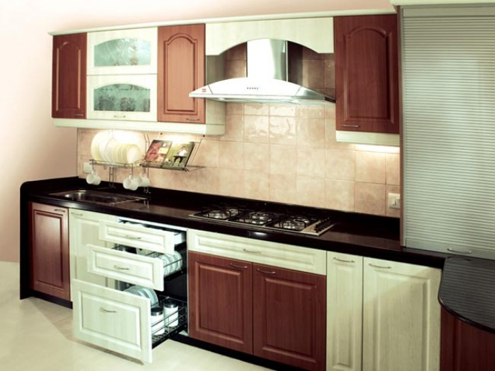 Modular Kitchen For Small Kitchen India