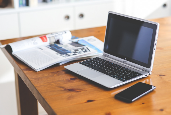 Choosing the Right Desk for Your Home Office